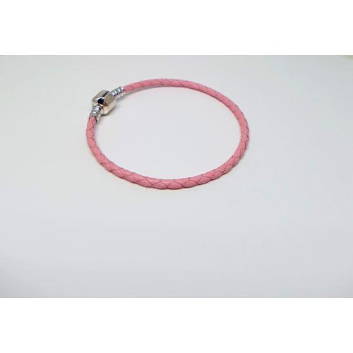 Bratara talismane din piele in sir impletit roz.