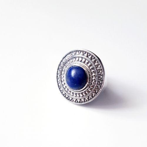 Inel din argint cu aspect masiv cu Lapis Lazuli
