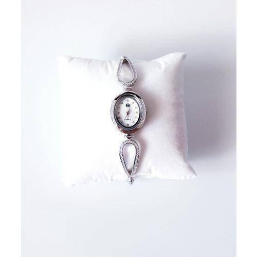 Ceas din argint cadran rotundsi bratara reglabila.