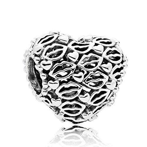Talisman din argint inimi si buze