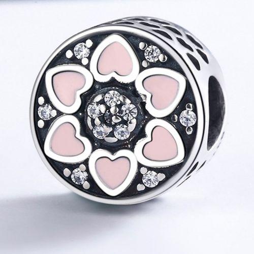 Talisman din argint cu inimioare mici roz