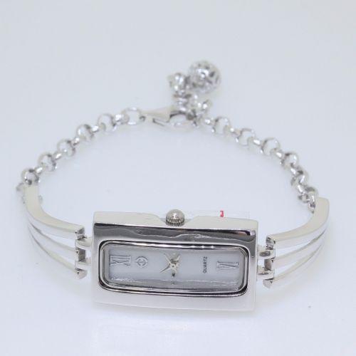 Ceas dreptunghiular din argint 925 cu bratara reglabila.